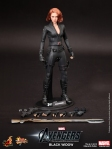Hot-Toys-The-Avengers-Black-Widow-Limited-Edition-Collectible-Figurine_PR16